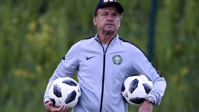 Gernot Rohr, Super Eagles