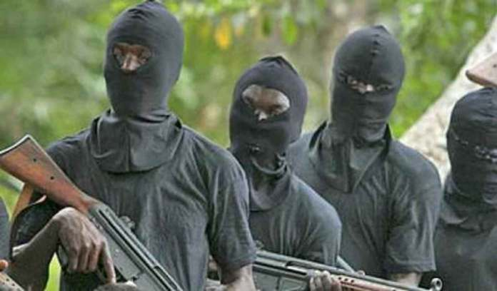 Over 100 bandits raid Kaduna Village, burn 16 members of family to death