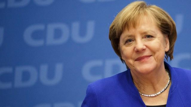 Merkel defends night-time curfew as part of Coronavirus strategy