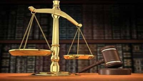 Two arraigned for allegedly snatching Naval officer's handbag
