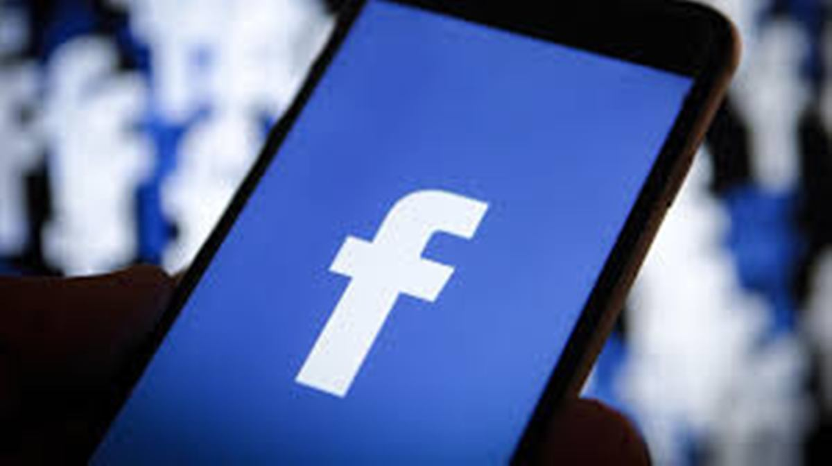 Facebook seals partnerships with music giants for video rights
