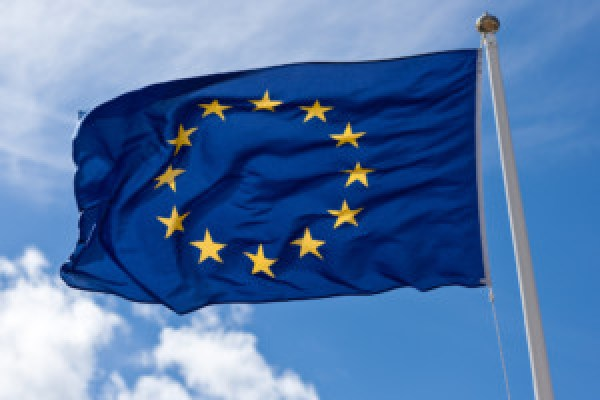EU provides $471,000 to assist flood victims in Cambodia