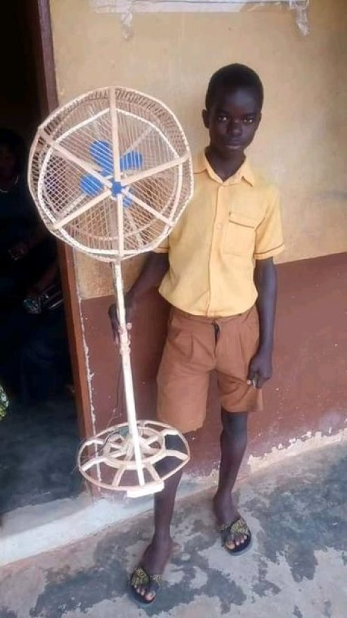 Nigerians praise, criticise teenage boy who built wooden standing fan