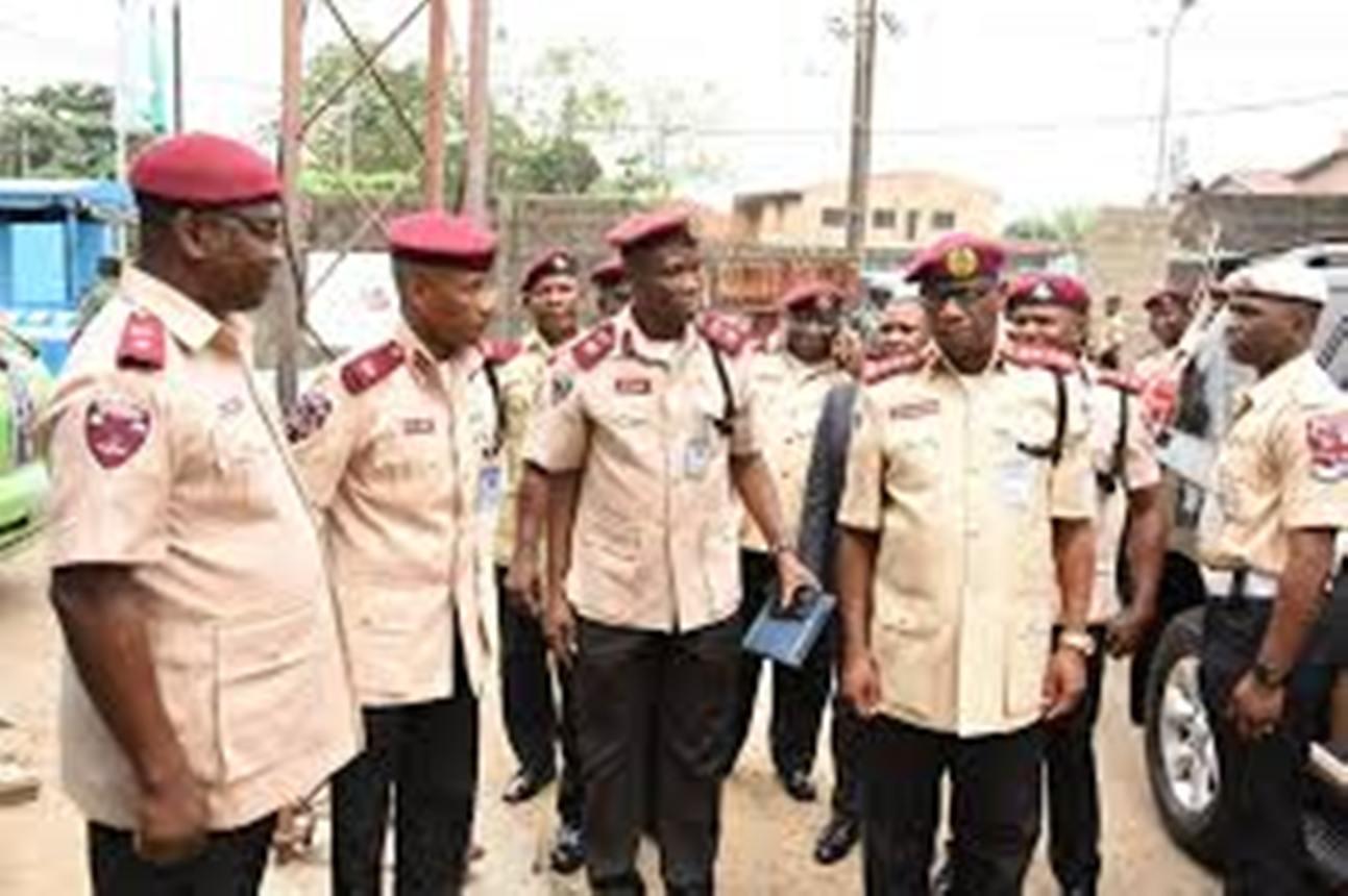 Four Die In Auto Crash On Lagos Ibadan Expressway