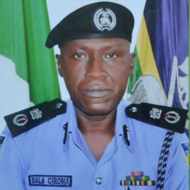 Police arrest 5 armed robbery suspects in Abuja, recover stolen car