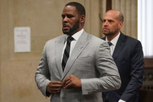 Charges, R. Kelly, Devices
