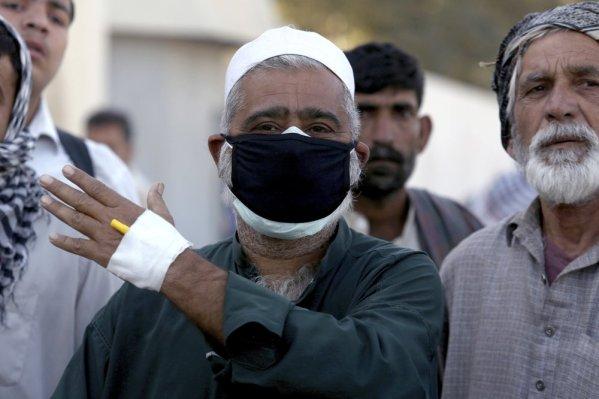 Toxic gas leak kills 5, sickens dozens in Karachi port city