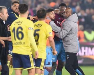Mikel, Trabzonspor, Racist