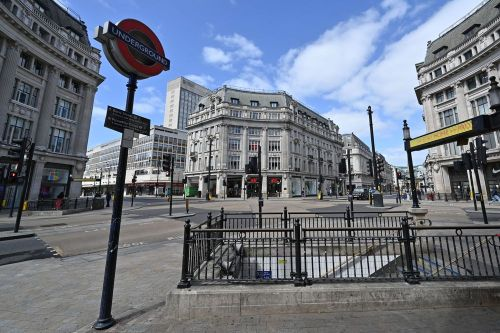 UK extends lockdown measures for at least 3 more weeks