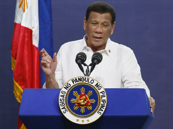 Philippines' Duterte approves advance payments for COVID-19 vaccine