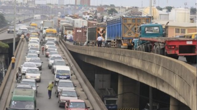 Repairs: Lagos govt set to shut Marine Bridge partially for 5 months