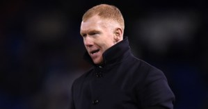 Man United legend Scholes names three of his toughest opponents