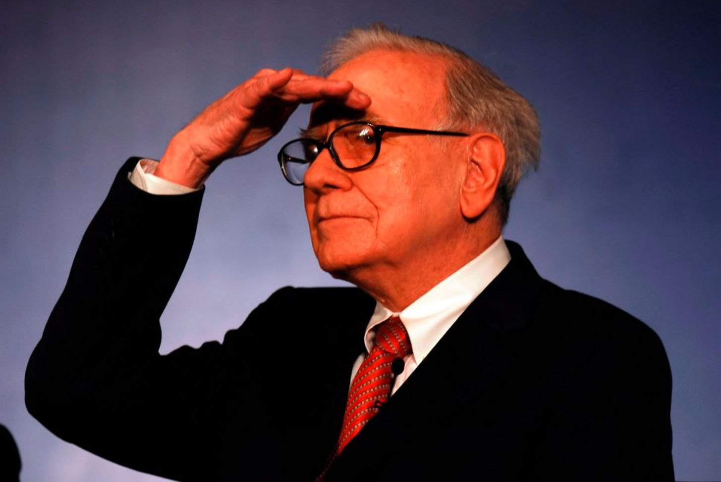 Warren Buffett's company posts almost  $50bn loss, sells airline stocks