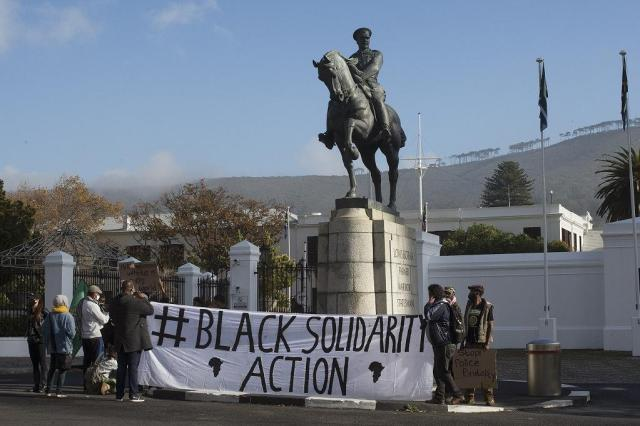 ''Black Lives Matter'' protest hits South Africa