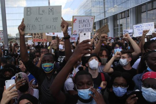 Democratic US politicians urge police reform as protesters march for 11th day