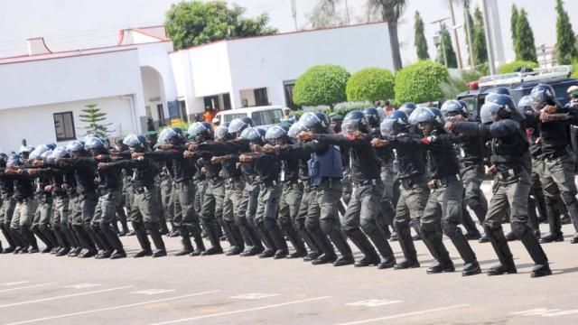 BREAKING: Armed robbers invade late MKO Abiola'a house in Ikeja