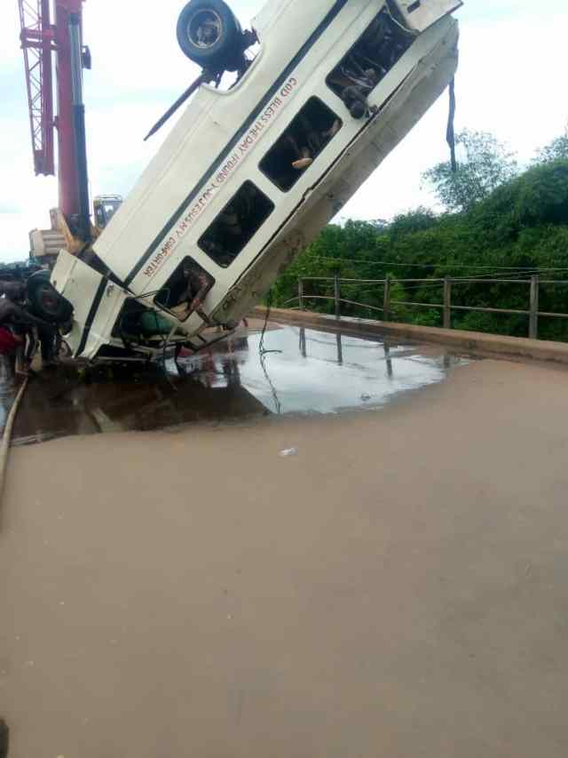 Ebonyi ghastly accident: 13 dead bodies recovered, 13 still missing