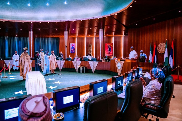 Buhari swears-in 4 new Permanent Secretaries