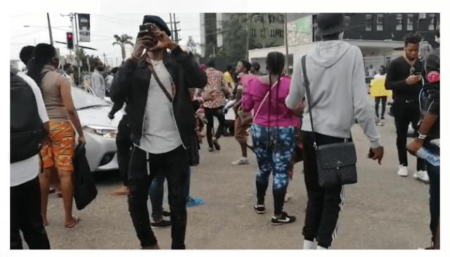 Lagos #EndSARS protesters take over Allen junction