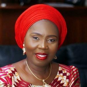 Akeredolu recommits to reducing poverty among women