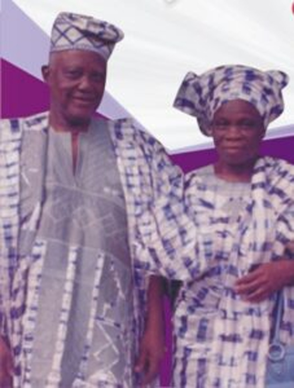 Nigerian couple married for 72 years die, buried same day