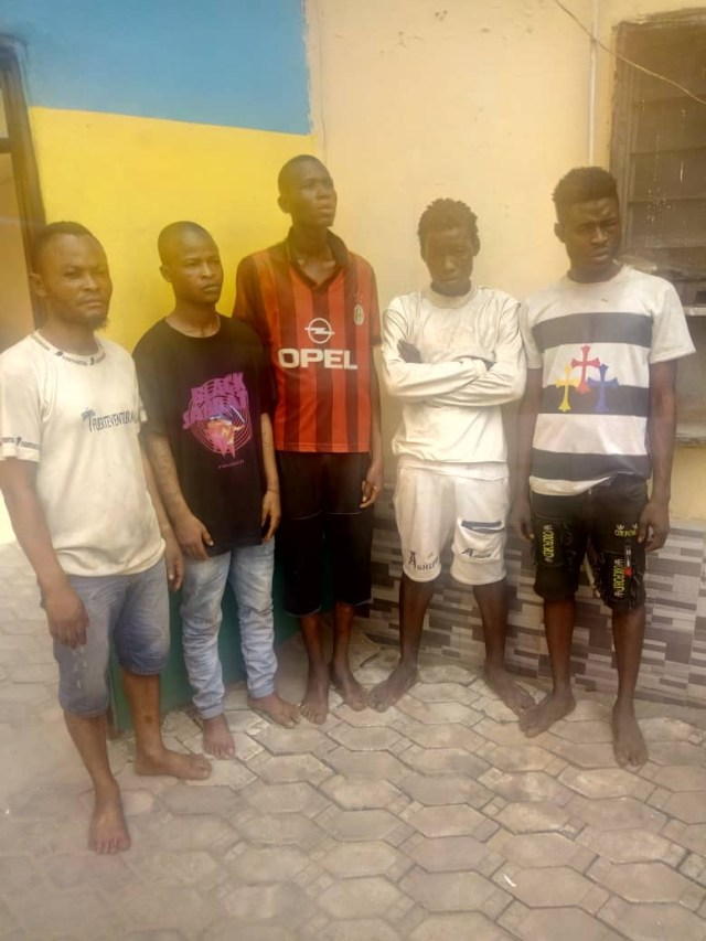 CP Squad storms Ikorodu, arrests traffic robbers, cultists