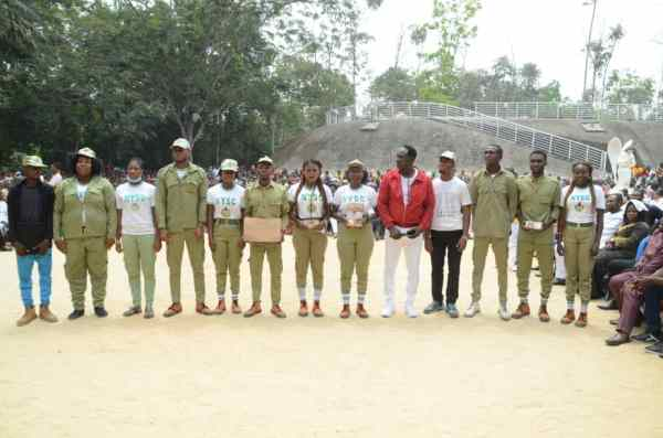 Prophet Fufeyin gifts outgoing corps members N1.5m