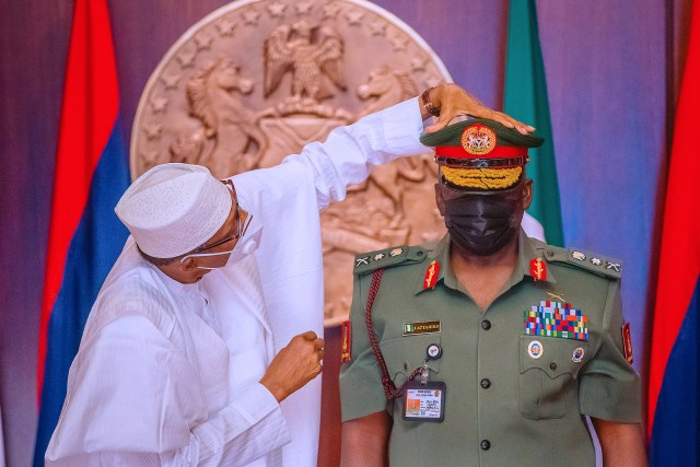 Buhari to New Service Chiefs: You have short time to deliver