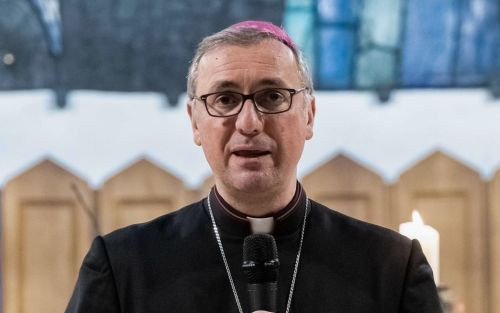 Hamburg archbishop offers to quit after report on abuse scandals