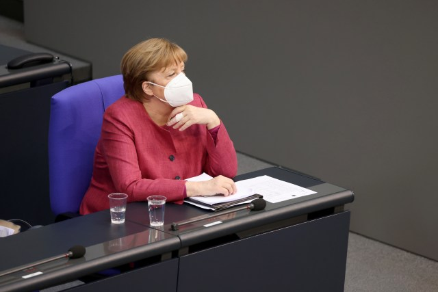 German lawmakers pass 'emergency brake' virus rules to curb new wave