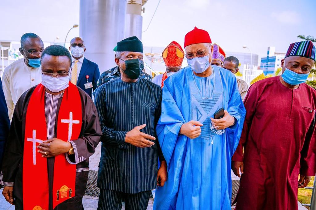 Clouds will give way to new Nigeria, Osinbajo says at National Prayer Breakfast