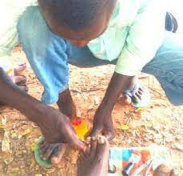 I realise N45, 000 monthly, says local nail cutter