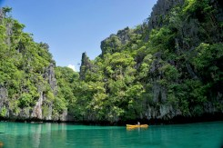 THE PHILIPPINES – A BACKPACKER'S GUIDE - A snorkel spot