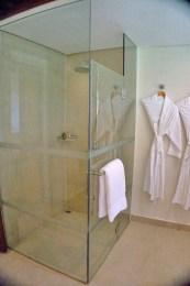 THE CRIMSON RESORT & SPA – MACTAN, CEBU – PHILIPPINES - Cool shower
