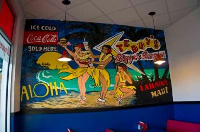 Teddy's Bigger Burgers - Hawaii - Hawaiian interior design