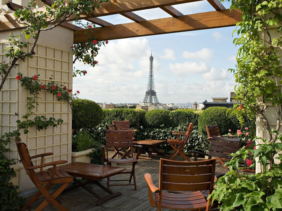 Hotel Raphael View
