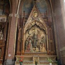 Vue op het altaar van Nicolaas van Tolentino in de Paterskerk te Eindhoven.