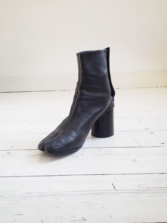 Maison Martin Margiela black tabi boots 40 – early 90s 6250