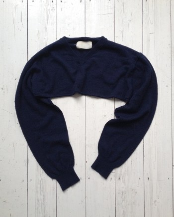 Maison Martin Margiela blue sweater sleeve scarf — 2003/2004