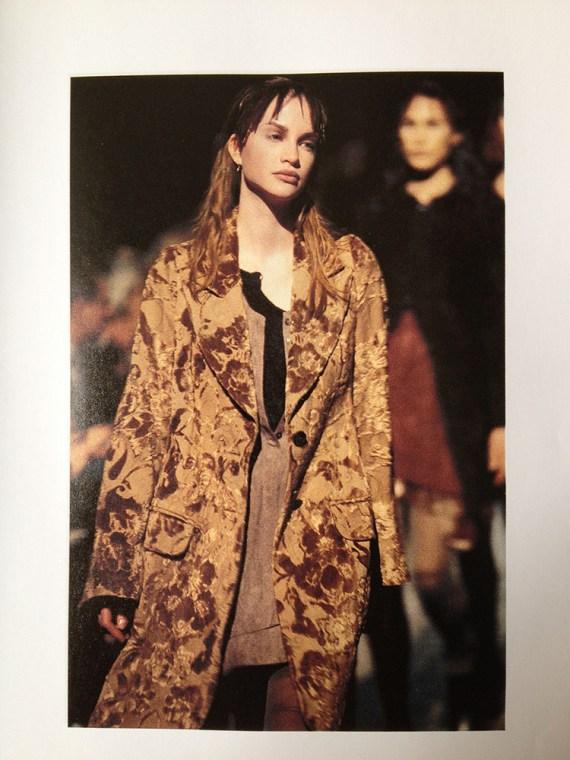 ann-demeulemeester-green-brocade-blazer-fall-1994