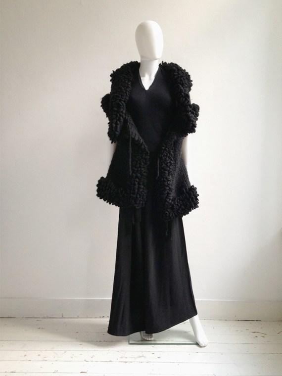 Yohji Yamamoto black 3D knitted cardigan 9572