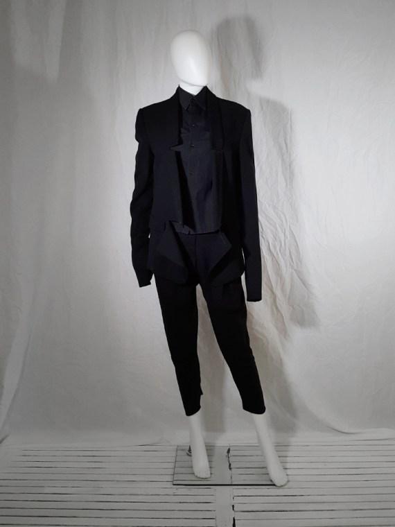 Ann Demeulemeester black blazer with cut panel runway fall 2011 _173644