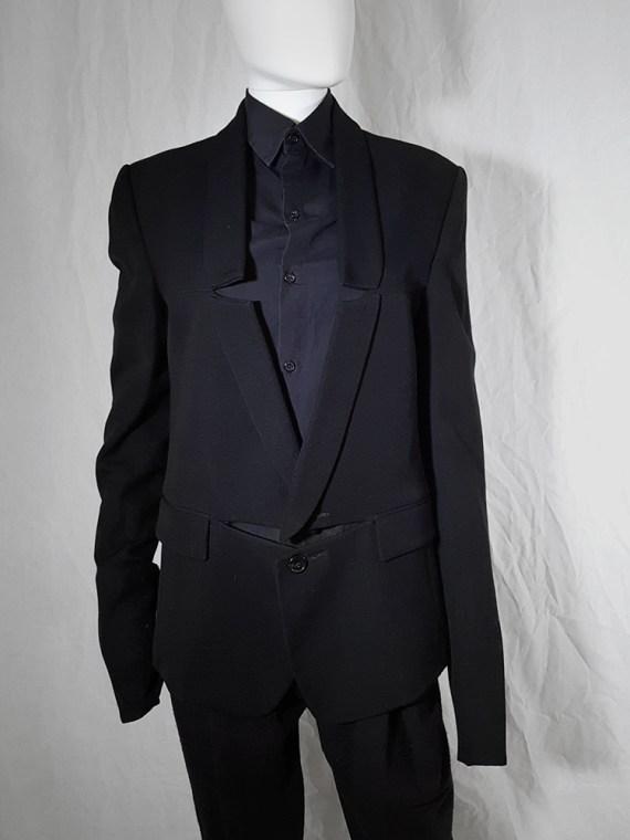 Ann Demeulemeester black blazer with cut panel runway fall 2011 _173905