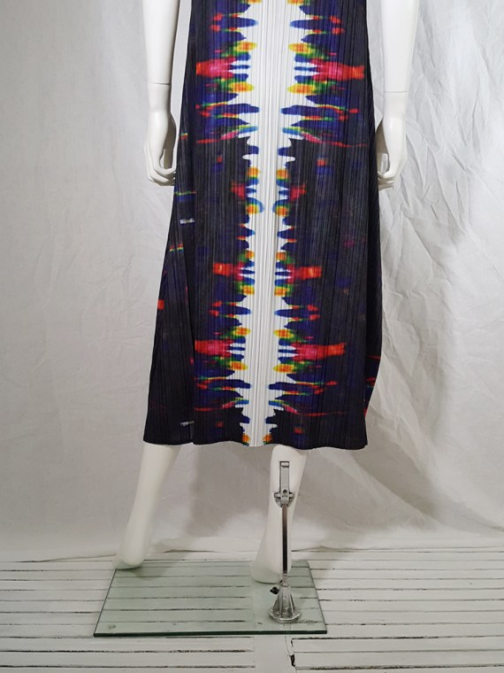 Issey Miyake printed pleated dress _144713
