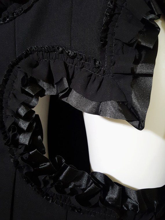 vintage Comme des Garcons black pleated skirt with ruffled hearts cut outs runway fall 2008_160315