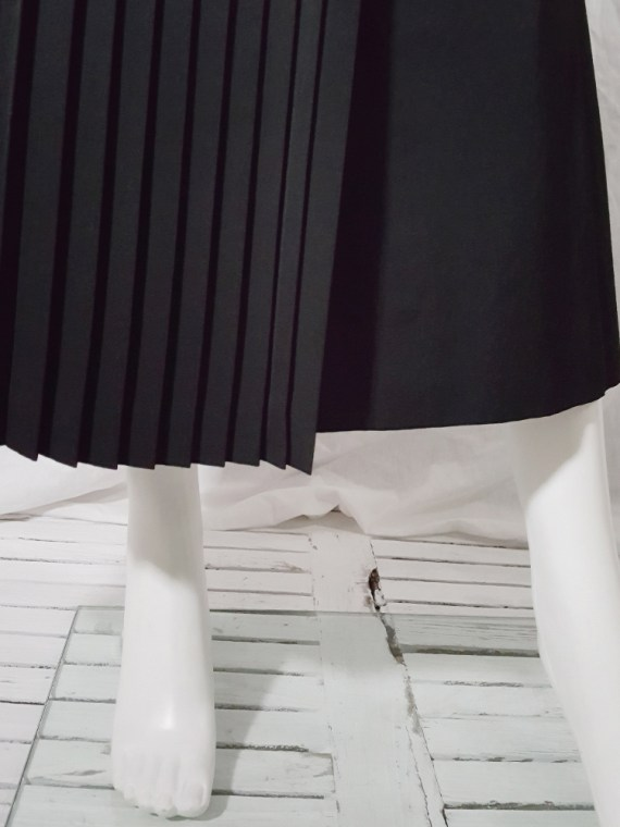 vintage 90s Dries Van Noten black front pleated skirt