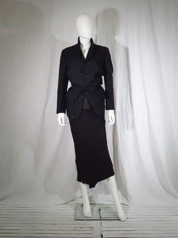 Comme des Garçons black blazer with gathered waist — fall 1990