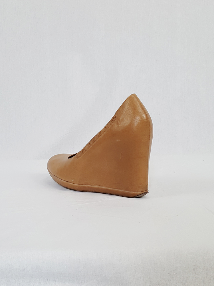 Dries Van Noten beige wedges covered in one piece of leather