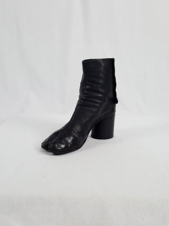 vintage Maison Martin Margiela black leather tabi boots with block heel 1990s archive 111714