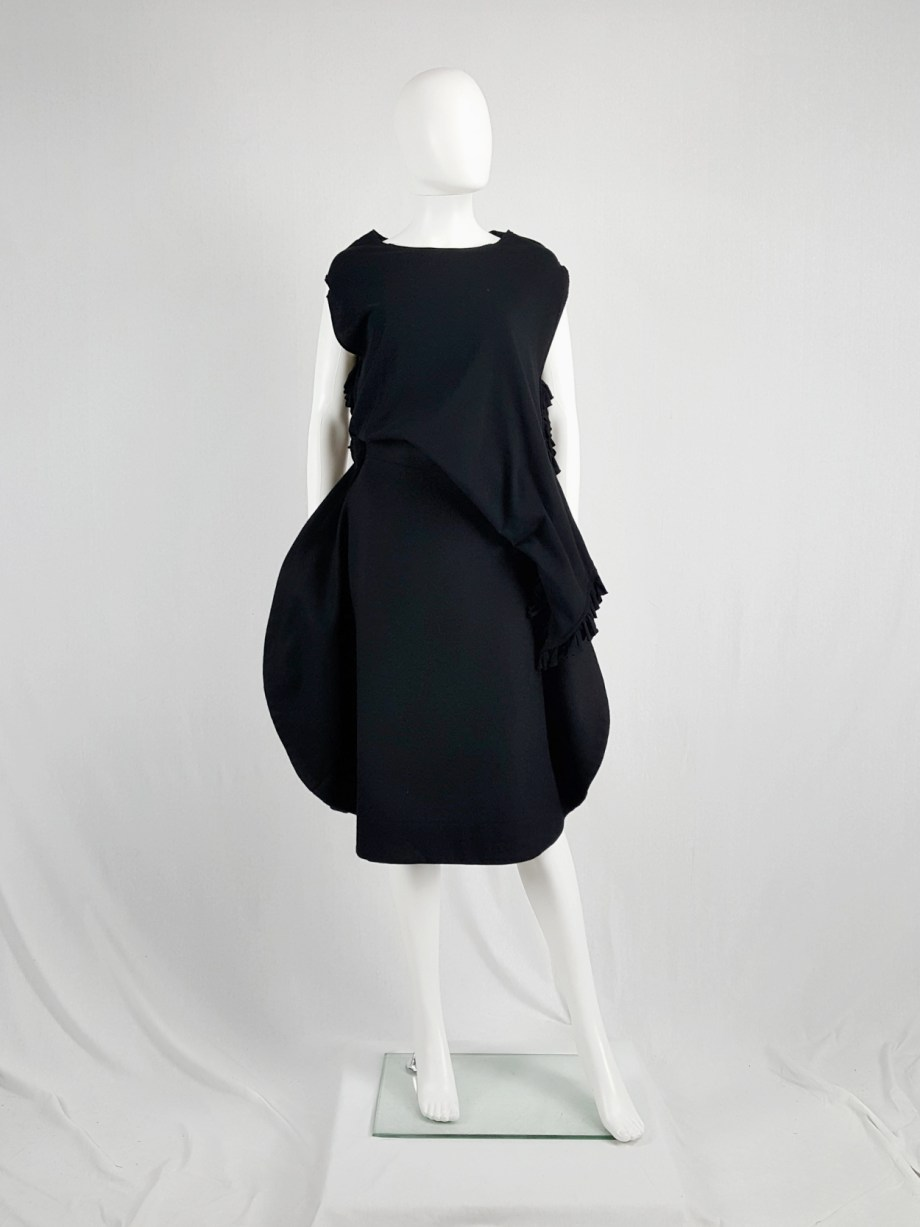 vintage Comme des Garcons black 2D circle skirt fall 2012 130733